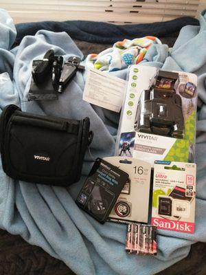 Vivitar 12x25 digital camera Binoculars for Sale in Los Angeles, CA