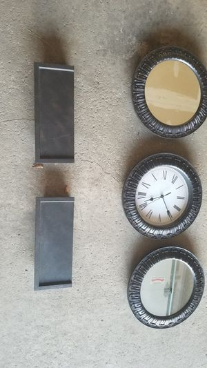 Wall decor mirror with clock for Sale in Oak Creek, WI