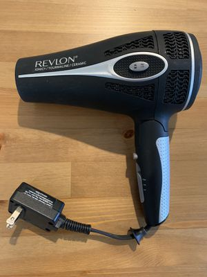FREE Revlon Ionic Tourmaline Ceramic Hairdryer for Sale in Kent, WA
