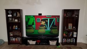 73 inch Mitsubishi dlp tv and stands for Sale in Queen Creek, AZ