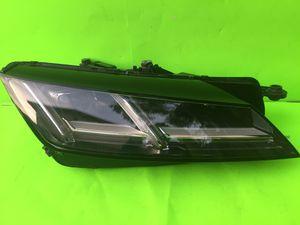 2016-2017 AUDI TT LED HEADLIGHT RIGHT SIDE P/N 8S0941034E for Sale in San Marcos, CA