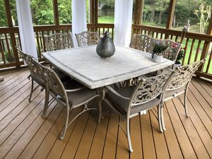 Outdoor Patio Set (Table, Umbrella, and 8 Cushion Chairs) for Sale in Chantilly, VA