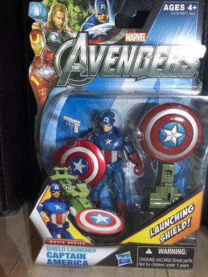 Marvel Universe Avengers CAPTAIN AMERICA. 3.75 inch. for Sale in Everett, WA
