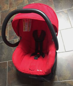 Maxi Cosi infant car seat for Sale in Grawn, MI