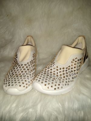 Michael Kors bedazzled tennis size 7 for Sale in Fort Worth, TX