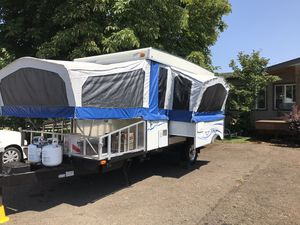 Starcraft pop up tent trailer for Sale in Bend, OR