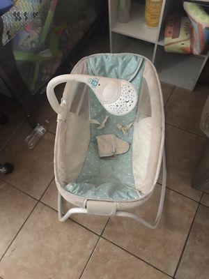 Baby Sleeper/Rocker for Sale in Las Vegas, NV