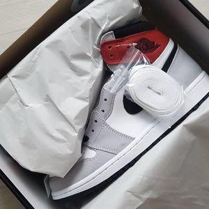 Air Jordan 1 Retro Light Smoke Grey for Sale in Charlotte, NC