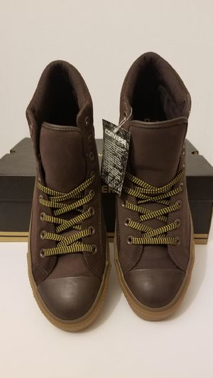 Brown Suede Converse boots size 11 for Sale in Queens, NY
