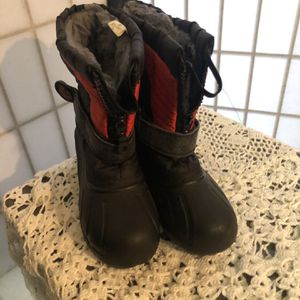 Toddler Snow Boots for Sale in Baldwin Park, CA