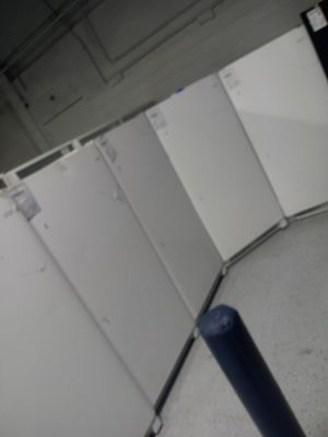 White upright freezers for Sale in Dearborn, MI