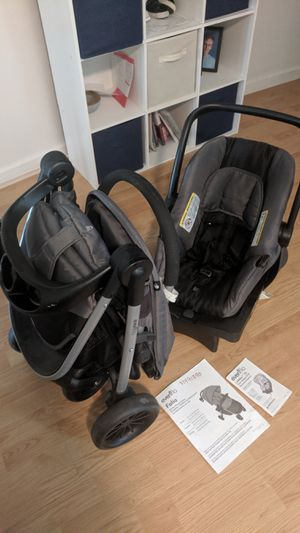 Evenflo Folio infant baby carseat (car seat, base, stroller) exp 10/26/2022 NO ACCIDENTS! for Sale in Goldsboro, PA