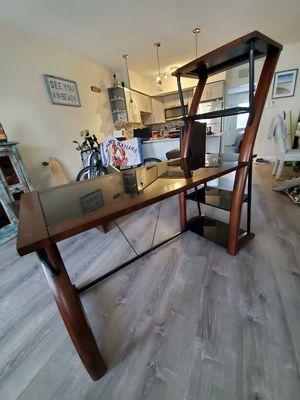 Furniture/ end tables and desk for Sale in Oakland Park, FL