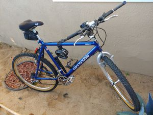 Vintage 1990 22 Inch Cannondale 21 Speed Mountain Bike Aluminum Frame EUC 26 Inch Tires for Sale in Lynwood, CA