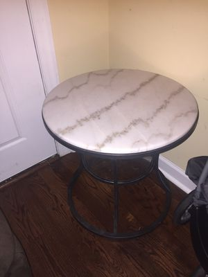 Marble end table !! for Sale in Raleigh, NC