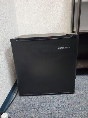 Mini fridge for Sale in Carmichael, CA