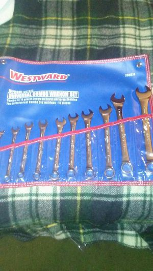 Universal combo wrench set metric 9-19mm for Sale in West Valley City, UT