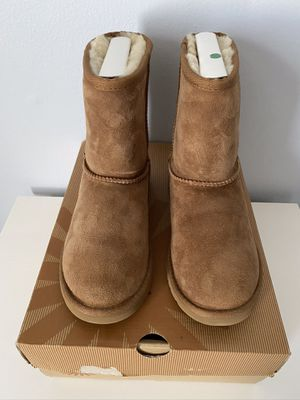 Uggs Boots Size 4. for Sale in Germantown, MD
