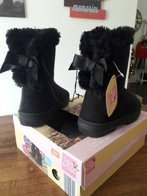NWT Lily & Dan Cozy Winter Boots Girls Size 13/1 for Sale in San Jacinto, CA