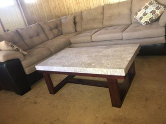 Sleeper sectional, coffee table, end table, lamp LIKE NEW for Sale in Wesley Chapel,  FL