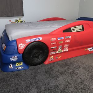 Race Car Bed (toddler And Twin) for Sale in Rydal, PA