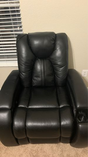 (3) Leather Home theater chairs one touch recliner for Sale in Arlington, TX