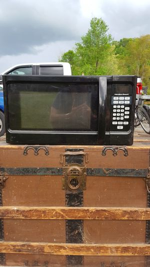 Hamilton Beach Microwave for Sale in Buckhannon, WV