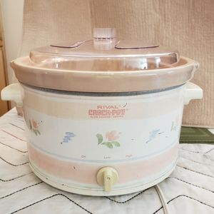 Rival Crock Pot/round for Sale in Rancho Santa Margarita, CA