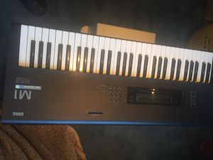 KORG M1 with carrying case, manuals and ram card. EXCELLENT CONDITION! for Sale in New York, NY