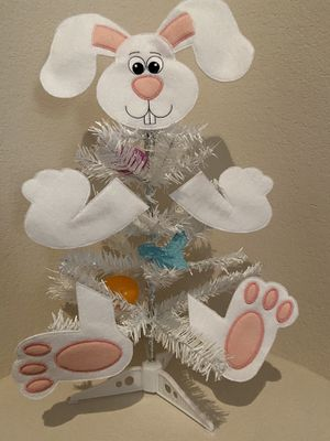 Easter Bunny Tree Stand decoration for Sale in Las Vegas, NV