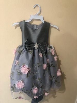 New Silver Gray Pink Flowers Girls Party Dress Size 3T for Sale in Hacienda Heights, CA