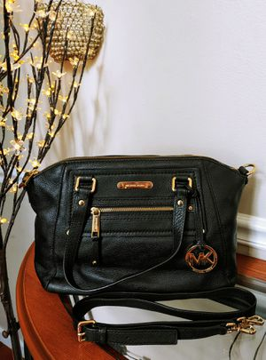 Authentic Michael Kors Bag w COA for Sale in Imperial, MO