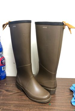 AIGLE rubber boots made in France size 6 for Sale in Washington,  DC