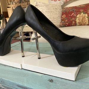 Stiletto Cross Bookends for Sale in White Plains, NY