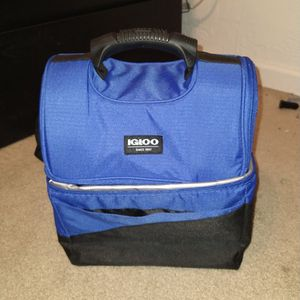 Igloo Cooler for Sale in Tucson, AZ