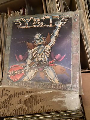 Y&T in rock we trust vinyl for Sale in San Antonio, TX