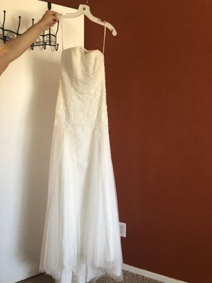 David's bridal brand new wedding dress for Sale in Litchfield Park, AZ