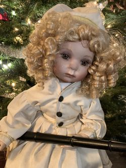 Very Large Porcelain Doll for Sale in La Habra Heights,  CA