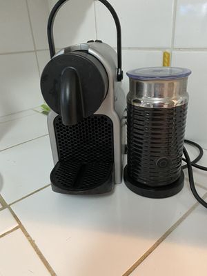 Nespresso with steamer for Sale in Culver City, CA