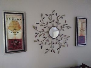 Wall decor and decorative mirror for Sale in Berea, OH
