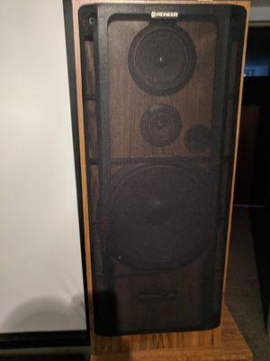 """12"""" Pioneer floor speakers for Sale in Sheridan, CO"""