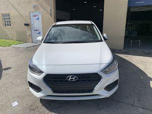 Hyundai Accent 2018 título limpio for Sale in Doral, FL