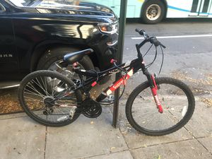 Supreme Bike w/ lock & wire for Sale in New York, NY