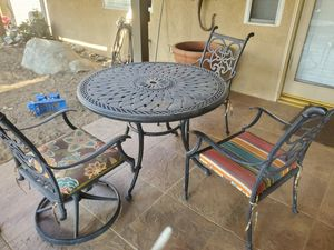 Patio furniture for Sale in Bakersfield, CA
