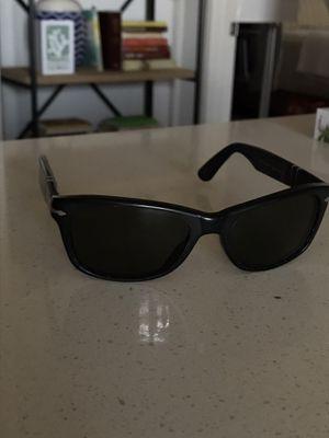 Person Sunglasses for Sale in Chino Hills, CA