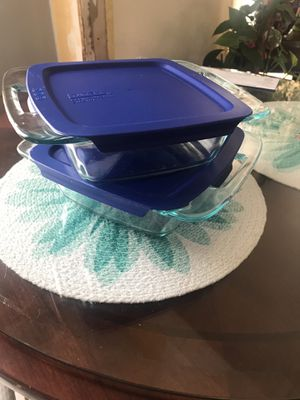 PYREX container for Sale in Bolingbrook, IL