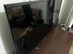 Ruku tv smart tv for Sale in Vallejo, CA