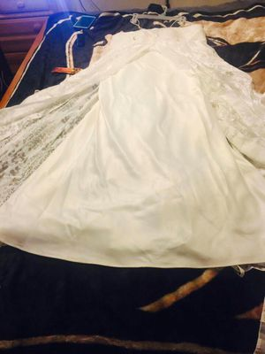 Size 18 egg shell long wedding dress for Sale in Charlotte, NC