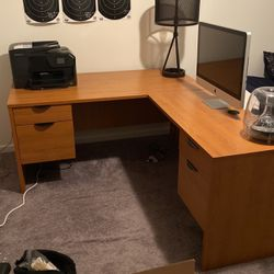 L Shaped Office Desk for Sale in Jackson Township,  NJ