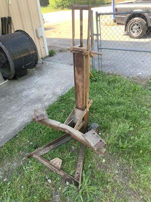 Heavy duty jack !! for Sale in Loganville, GA